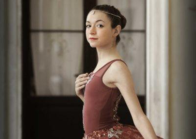Ballerina in posa