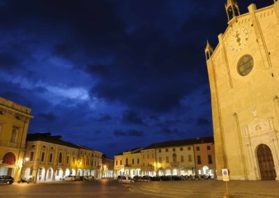 Duomo Montagnana notturno
